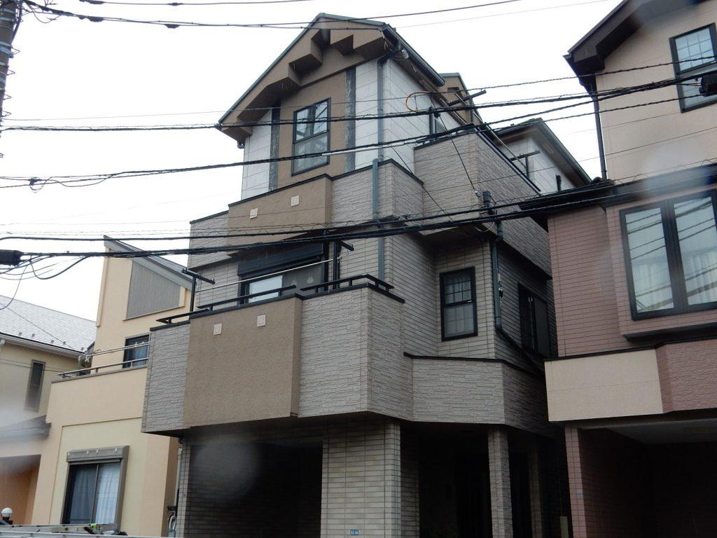 【横浜市磯子区】 3F戸建て塗装外壁 パーフェクトトップ 屋根 サーモアイSi before1