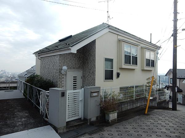 【横浜市港北区】外壁塗装・屋根塗装外壁:ダイヤモンドコート  屋根:サーモアSi before1