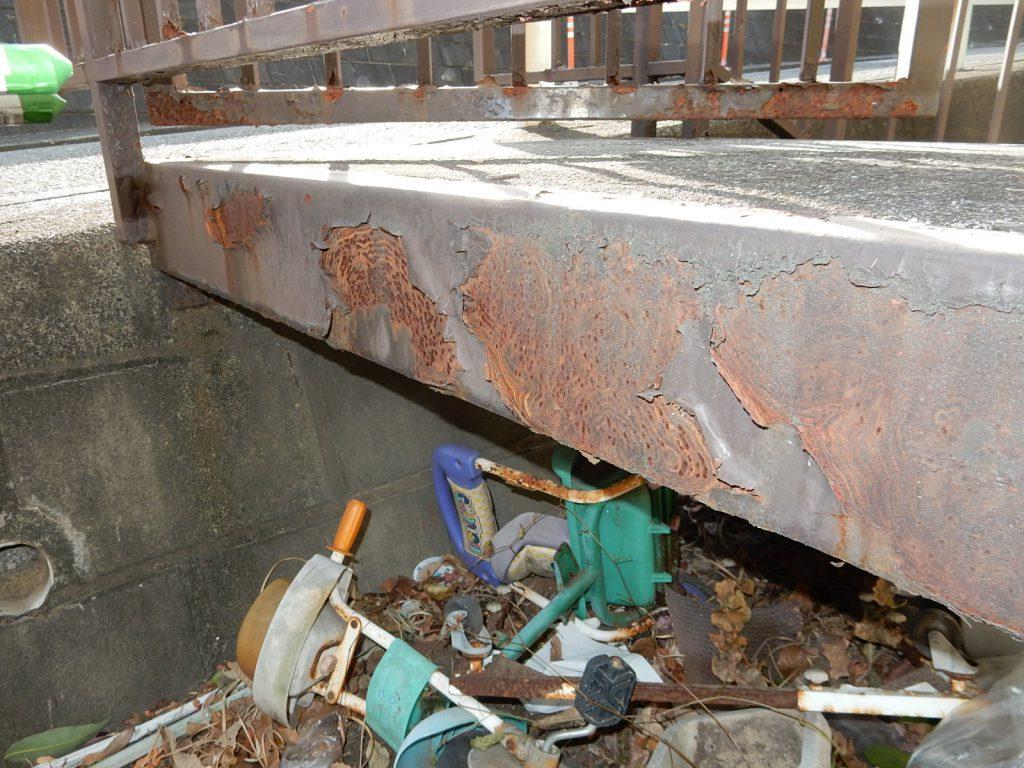 【横浜市神奈川区】外壁塗装、鉄骨腐食の補修パーフェクトトップ before3