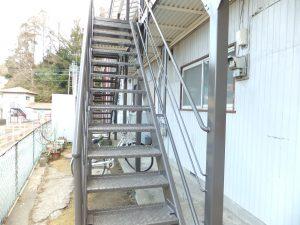 アパート通路階段塗装【横浜市栄区】ファインシリコンフレッシュ after