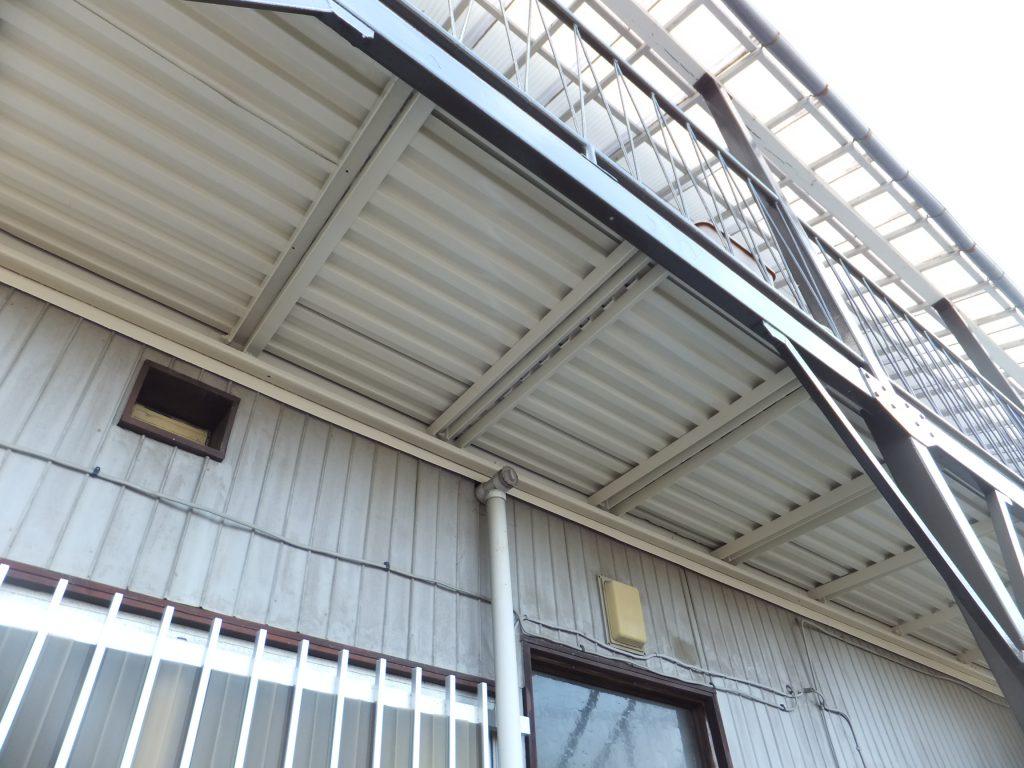 アパート通路階段塗装【横浜市栄区】ファインシリコンフレッシュ after2